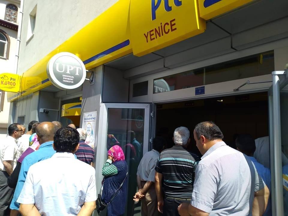 Yenice'de emeklilerin ikramiye sevinci