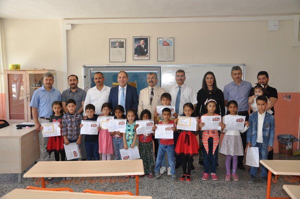 Başkan Vidinel, öğrencilerin karne sevinçlerine ortak oldu