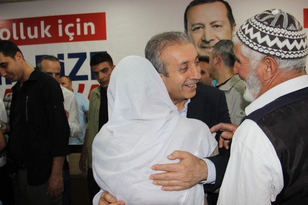 """AK Parti Genel Başkan Yardımcısı Eker: """"Yatırımlar tamamlanırsa PKK dağa götürecek genç bulamaz"""""""