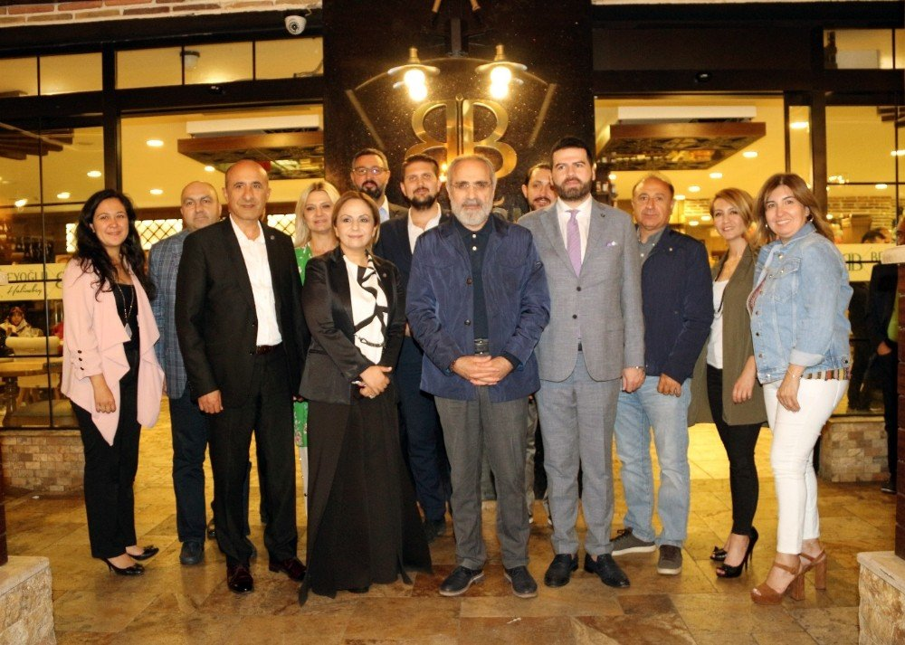 Cumhurbaşkanı Başdanışmanı Topçu Ankaralı sanayicilerle sahurda bir araya geldi