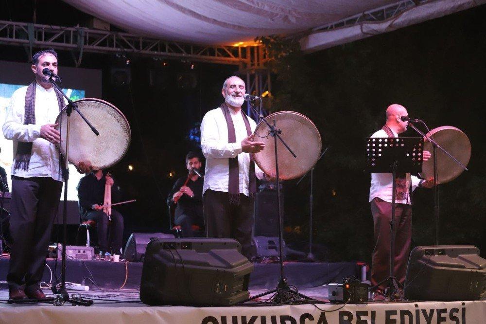 Grup Tillo sınırda konser verdi