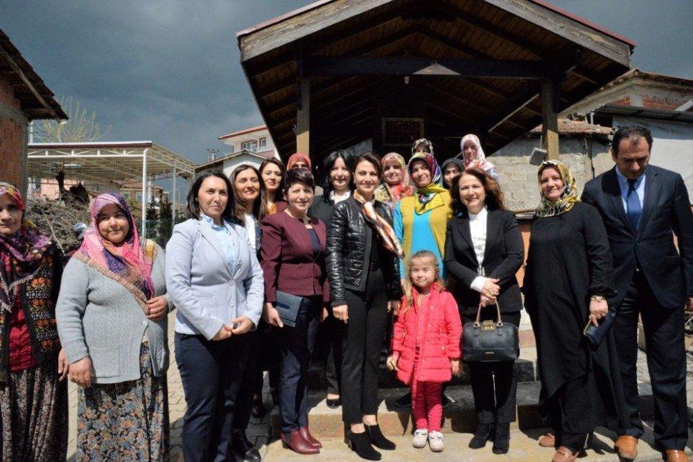 Kocaeli'de 113 bin 404 kadına sağlık eğitimi