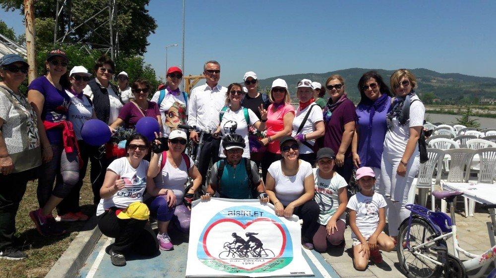 'Türk Kadının Zaferi Bisiklet Turu' Çaycuma'da