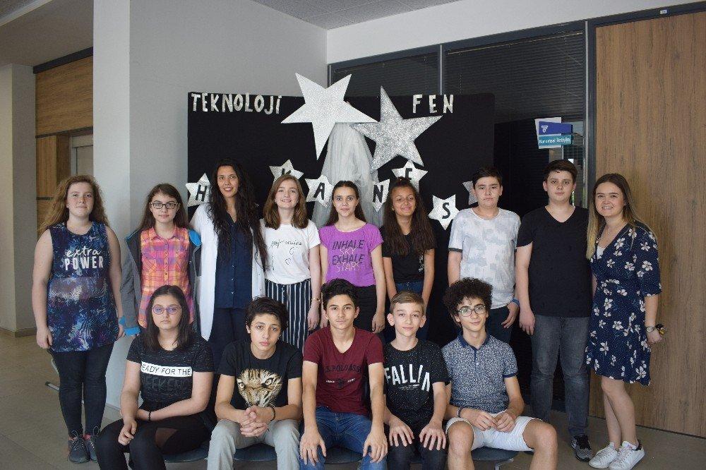 Teknoloji Fen öğrencilerinin karne heyecanı