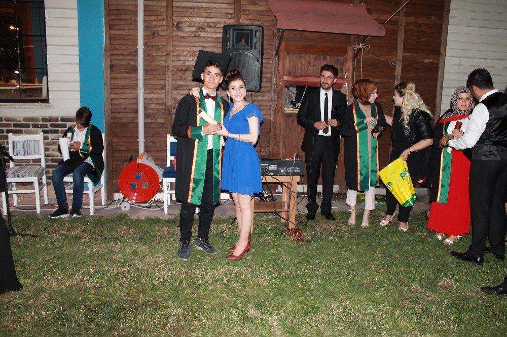 PEKFENDE mezuniyet gecesi