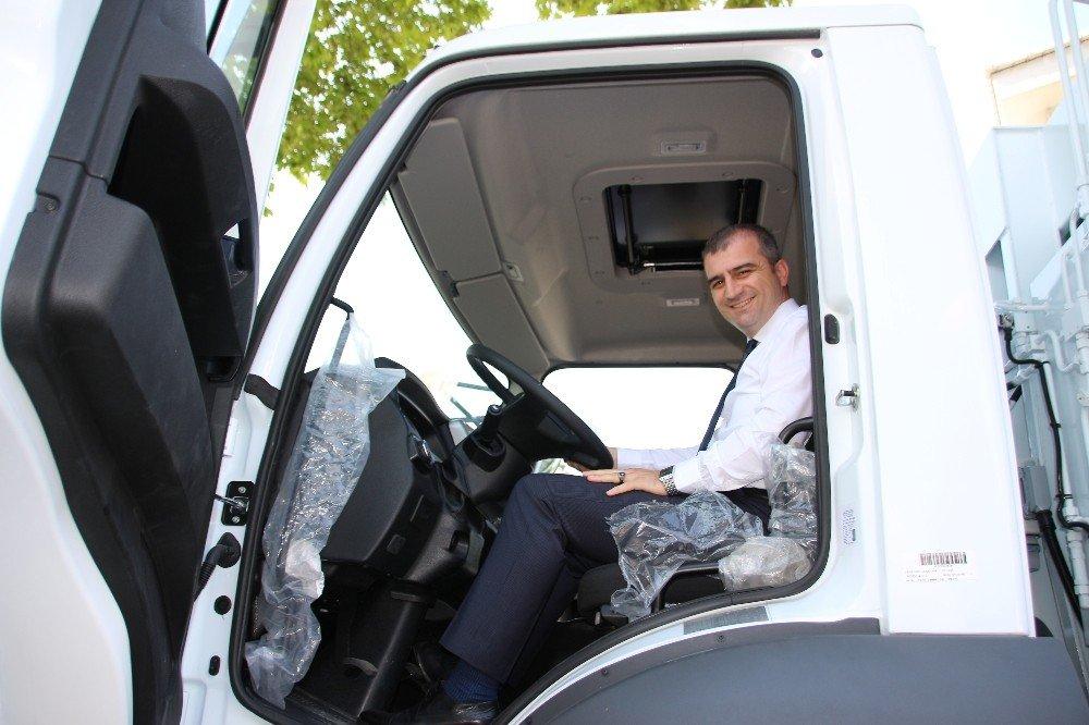 Akçakoca belediyesine hibe çöp kamyonu kazandırıldı