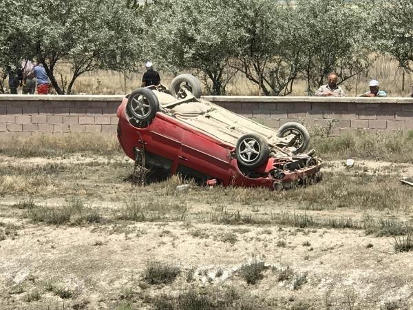 Konya'da otomobil takla attı! 40 günlük bebek yara almadan kurtuldu