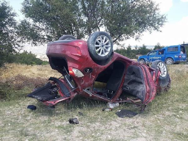 Bayram ziyaretine giden doktor kaza yaptı: 5 yaralı