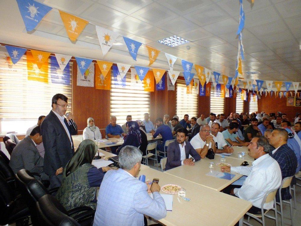AK Parti'den istişare toplantısı