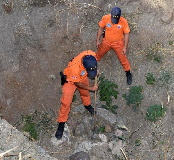 Evrim, gömülme ihtimaline karşı belirli noktalarda aranacak