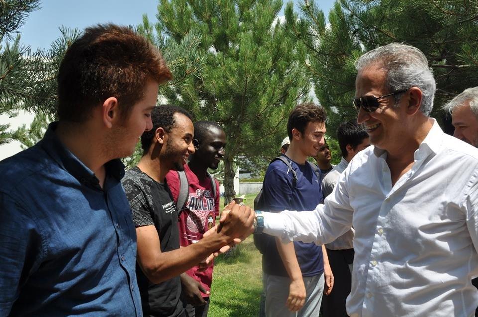 İl Milli Eğitim Müdürü Celalettin Ekinci Uluslararası Şht.Ömer Halis Demir İHL de Öğrencilerle Bir Araya Geldi