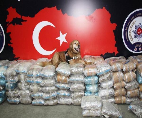 İzmir'de polisten uyuşturucu ticaretine ağır darbe