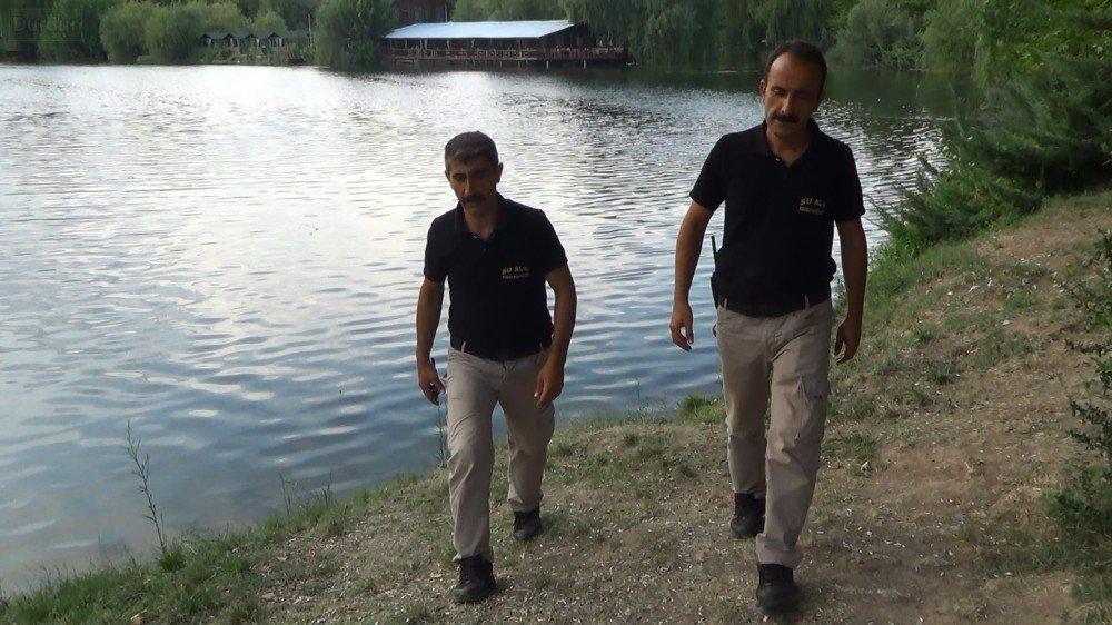 Kızılırmak'ta 2 kişi boğulmaktan son anda kurtarıldı