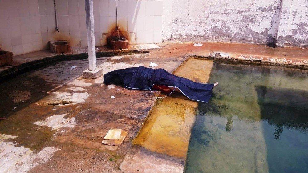 Girdiği termal havuzda hayatını kaybetti