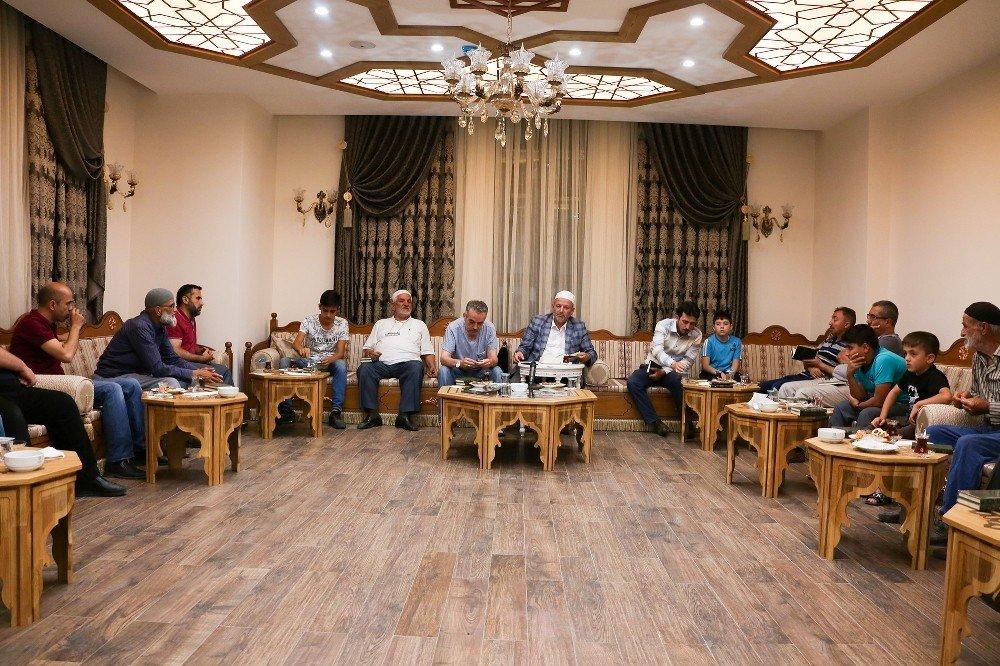 Fahrünnisa Hatun Kültür Merkezi'nde sohbet günleri