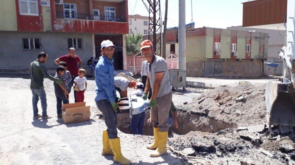 Silopi'de su arıza işleri devam ediyor
