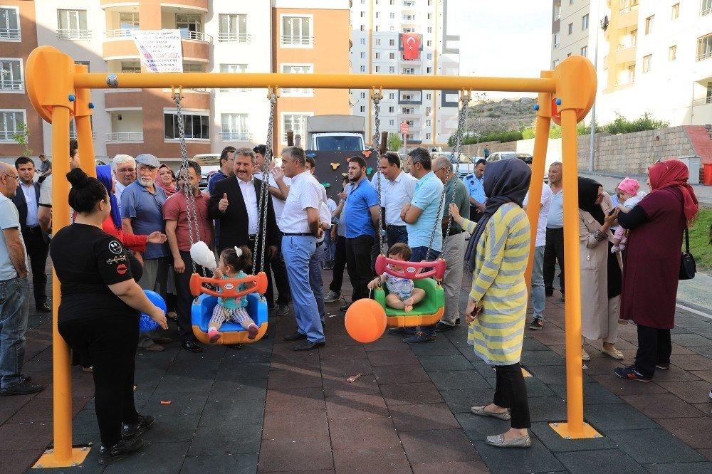 Talas Papatya Mahallesinde park açılışı yapıldı