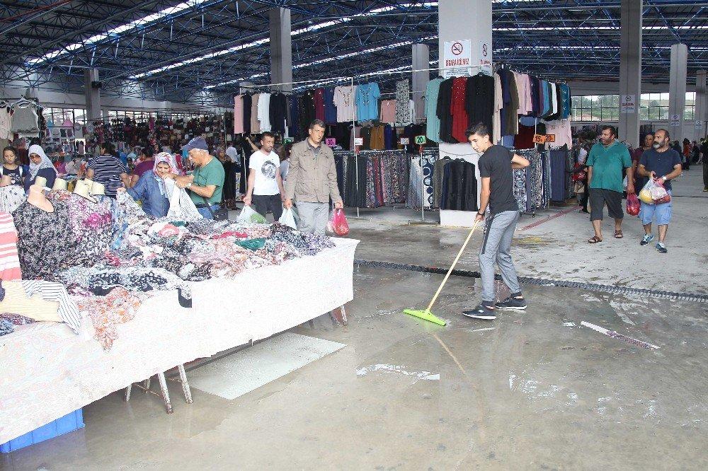 Çerkezköy'de sağanak yağış hayatı olumsuz etkiledi
