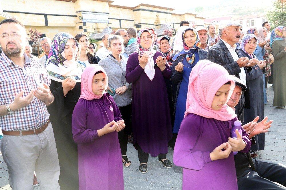 Yozgat'tan ilk hac kafilesi yola çıktı