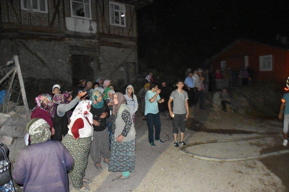 Yangın sonrası köylüler isyan etti