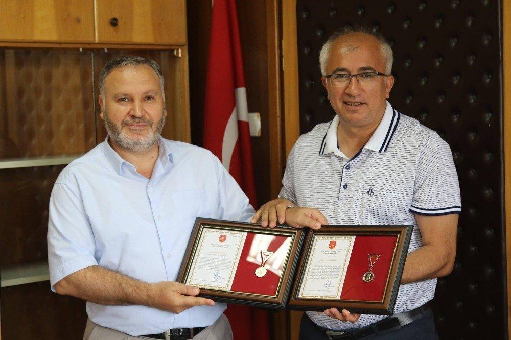 TSKGV bağışçılara teşekkür belgesi verdi