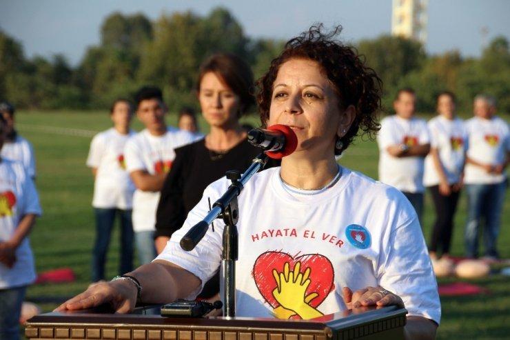 "Adana ""Hayata El Ver""di"