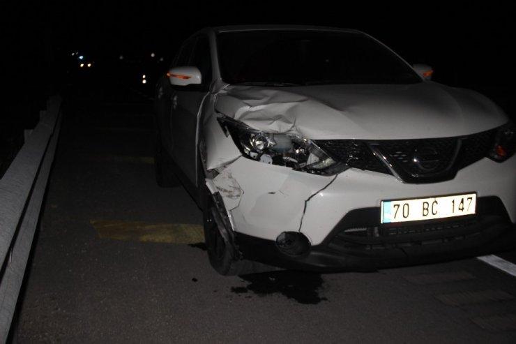 Karayolundan karşıya geçmek isteyen kadın otomobilin çarpması sonucu öldü