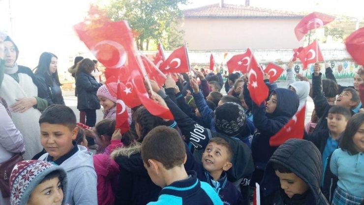 Karaadilli'de 29 Ekim Cumhuriyet Bayramı kutlamaları