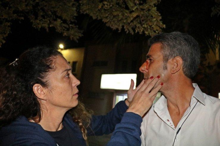 Halk otobüsü şoförü ile kadın yolcu arasındaki dil anlaşmazlığı, şoförün burnunun kırılmasıyla sonuçlandı