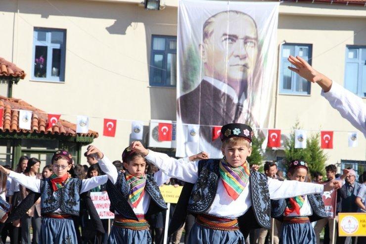 Manisa ilçelerinde Cumhuriyet Bayramı kutlamaları