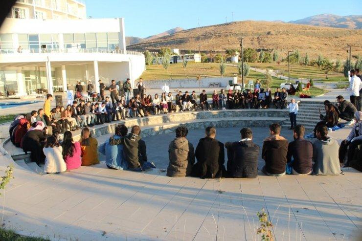 Gençlik ve Eğitim Derneği tarafından tanışma partisi düzenlendi