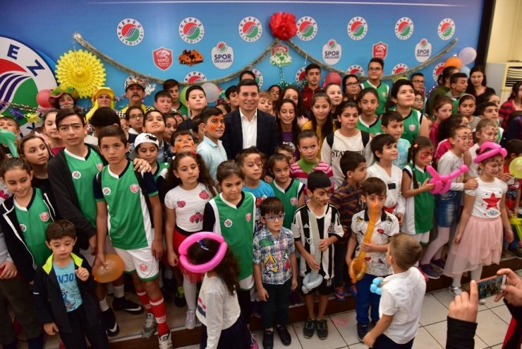 Kepez'den 135 öğrenciye doğum günü