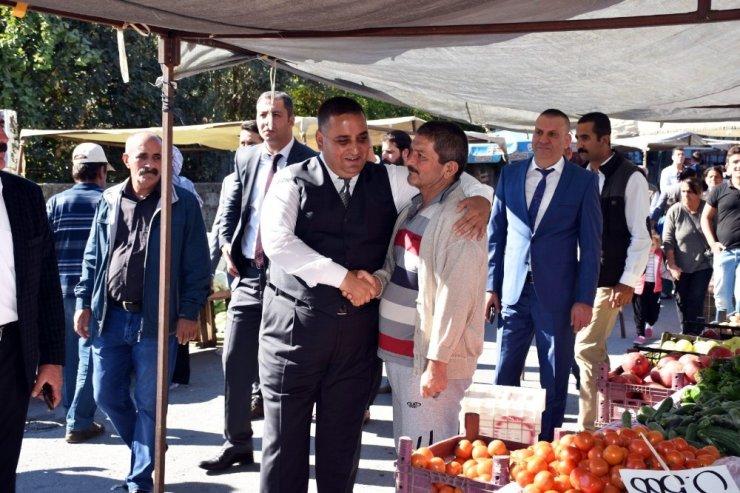 Başkan Can, semt pazarını denetledi