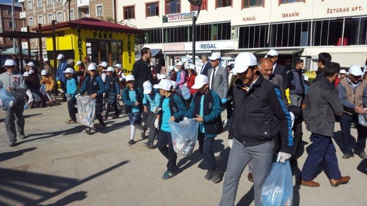 Tuzluca'da temizlik kampanyası