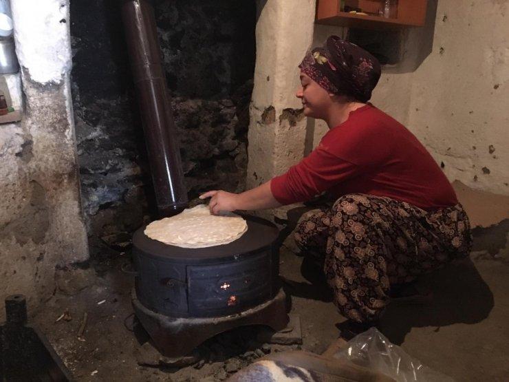 Gümüşhane'de kış hazırlıkları devam ediyor