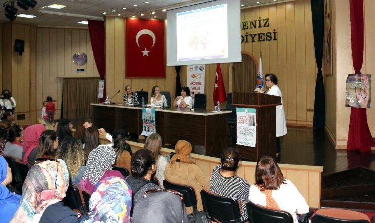 Mersin'de meme kanseri farkındalık semineri