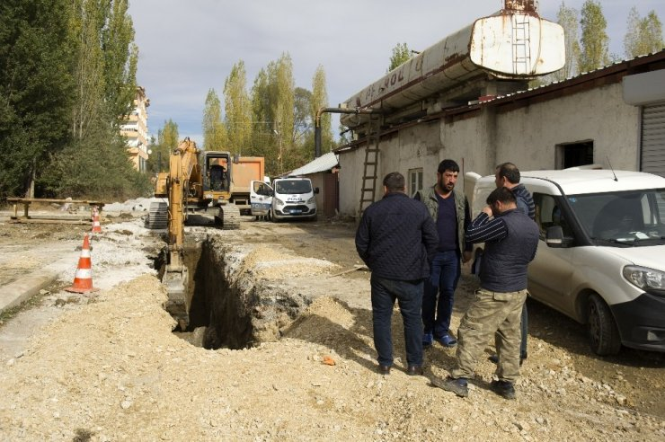 Ankara'da yaşanan göçükte 1 işçi toprak altında kaldı