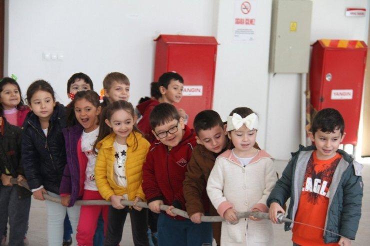Safranbolu'da minik öğrenciler yangın tatbikatına katıldı