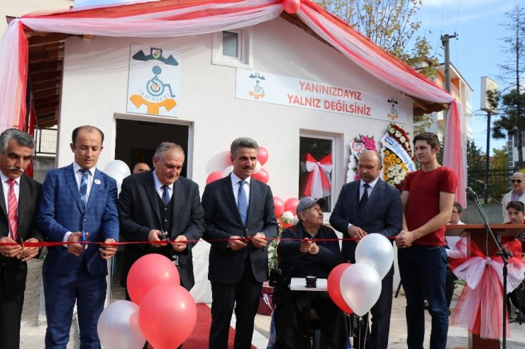 Bolu'da, engelli vatandaşların araçları için 'Engelsiz Tamirhane' kuruldu