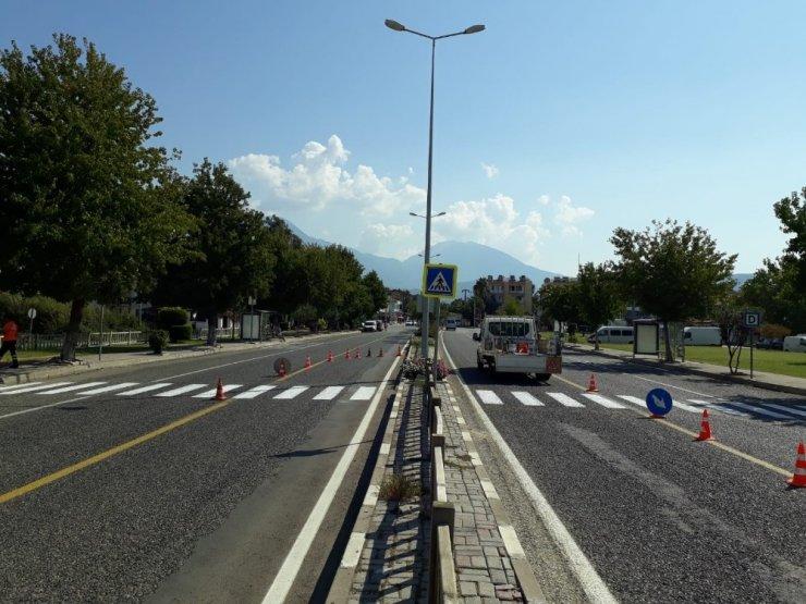 Büyükşehir yol çizgilerini hatırlattı