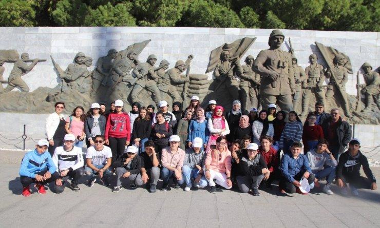 Çorum polisinden çocuklara Çanakkale gezisi