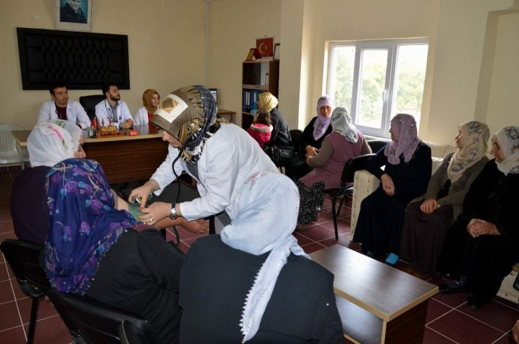 Mobil Sağlık Evi Uygulaması Yahyalı'da da Hizmete Başladı