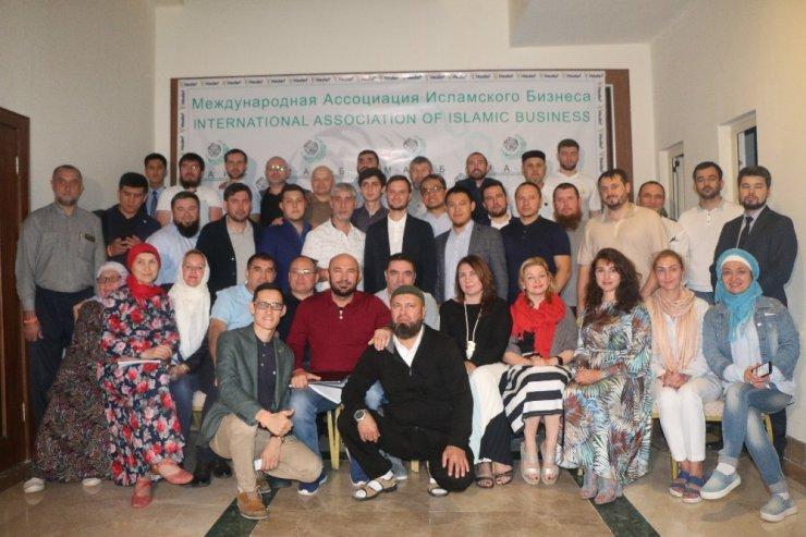 Uluslararası Müslüman İşadamları Derneği temsilcileri Alanya'da toplandı