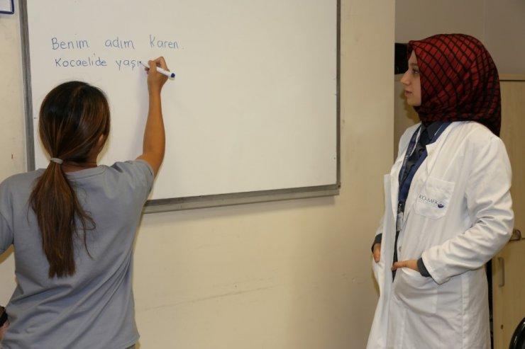 KOMEK'te Türkçe dersleri