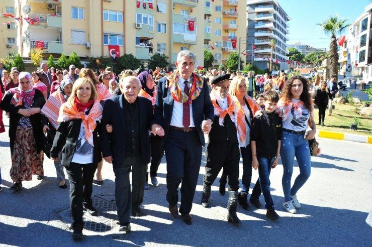 Balçova'ya Yörük Heykeli