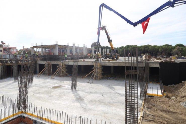 Burhaniye'de yeni tesislerin temeli atıldı