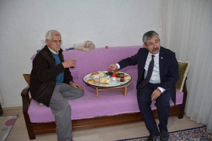 Erdoğan aşığına sürpriz ziyaret