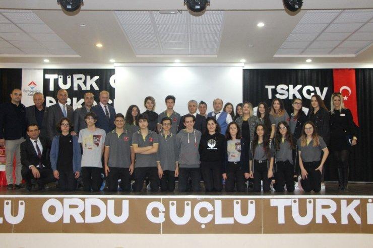 Lise öğrencilerinden TSK Güçlendirme Vakfı'na destek