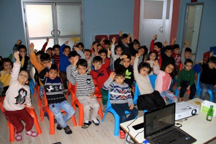 Bismil'de anaokulu öğrencilerine geri dönüşüm semineri verildi