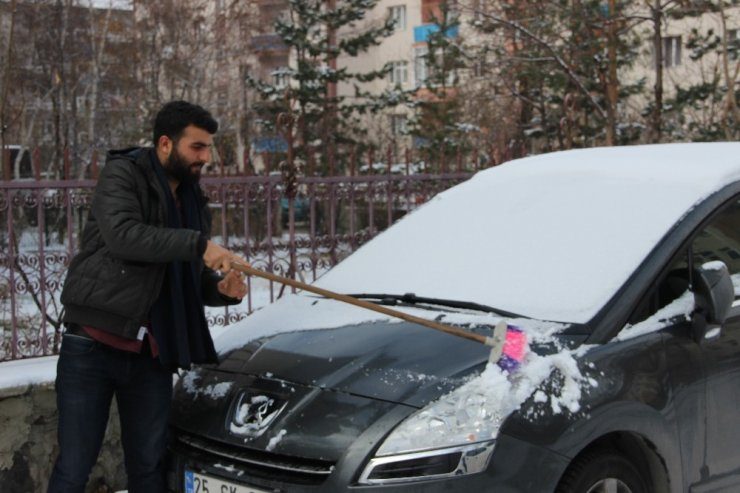 Erzurum'da kar yağışı ve soğuk hava